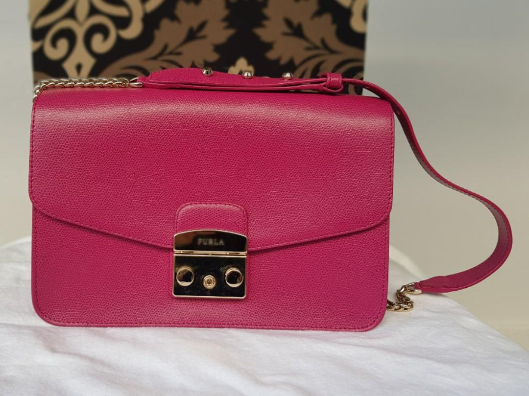 4e2092d65 Furla metropolis shoulder bag, Luxury, Bags & Wallets on Carousell