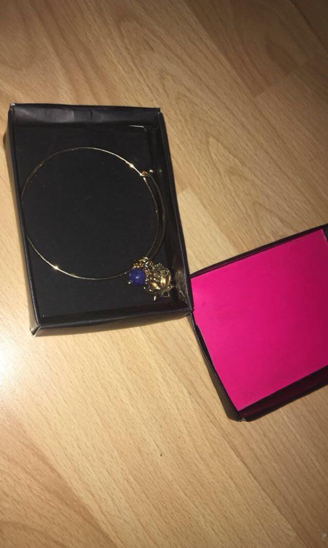 Gorgeous gold bracelet