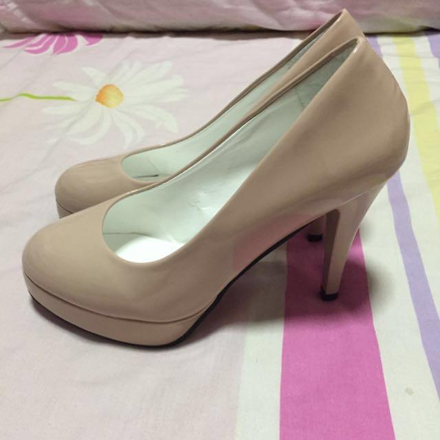 e8a42b216980 Peach colored high heels