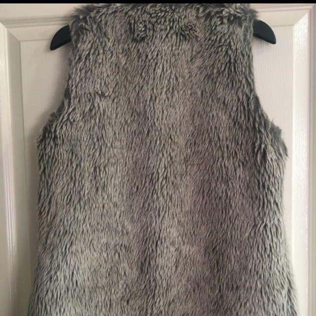 Sheike Faux Fur Vest