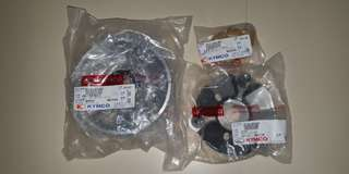 KYMCO XCT 400I OEM ROLLER KIT WITH ROLLER WEIGHTS.