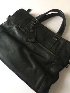 TUMI Briefcase Leather Black