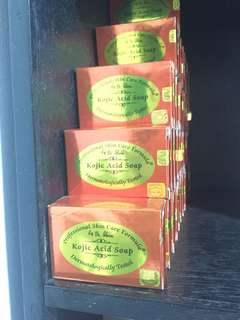 kojic acid soap with box by PSCF
