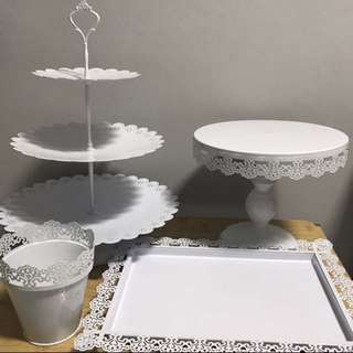 White theme table decor (rental)
