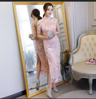 Wedding  Ladies elegant embroidery cheongsam in white /pink