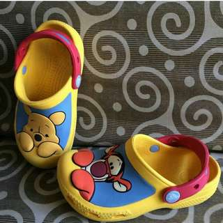 Crocs pooh and tiger toddler 19cm