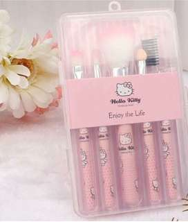 Hello Kitty 5-pc Brush Set with Case