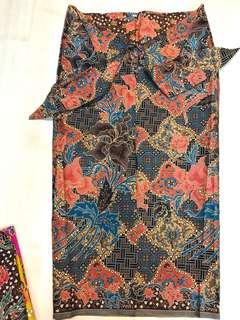 (M) Blue/Brown traditional 3/4 batik skirt