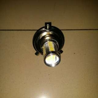 🚚 H4 33-SMD 5630 led 燈泡8w12V
