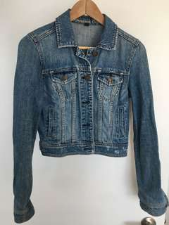 American Eagle cropped denim jacket small