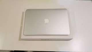 2012 容量大 Macbook Air 11吋  機子功能正常 盒子配件有