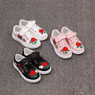 [PRE-ORDER] VOGUE CHILDREN'S GIRLS FASHION SHOES FLOWER EMBROIDERY GIRLS SHOES