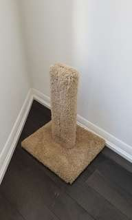 Scratching post