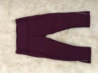 Burgundy lululemon cropped leggings