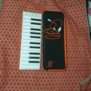 CME XKEY 25 MIDI Keyboard