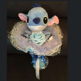 Stitch Flower Bouquet (1 Medium Size Stitch + 1 Blue Rose)