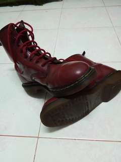 Dr Martens boot Red Bean