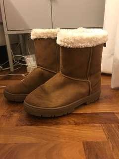 Brown Winter Woolen Boots