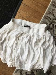 Brandy Melville white skirt