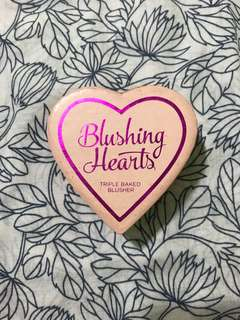 I  ♡ Makeup Blushing Hearts triple baked blusher in iced hearts
