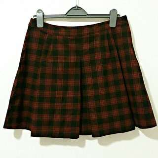 Zara Black and Red Pleaded Plaid Skirt