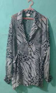 Outer leopard hitam