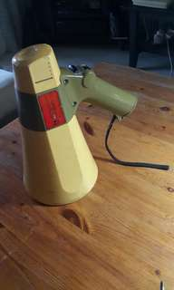 Vintage TOA ER500S Transistor Megaphone with auto siren signal
