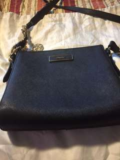 DKNY crossbag