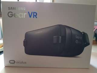 Brand New Samsung Gear VR  SM-R323 Blue Black (Box Sealed unbroken)*Reduced Price fr $45 to $25* Not negotiable anymore