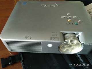 Lcd  projector  (for  spare parts only)