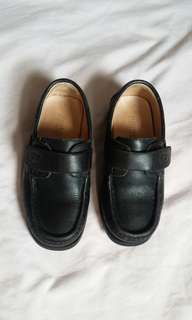 Florsheim school shoes ( now 500 only)