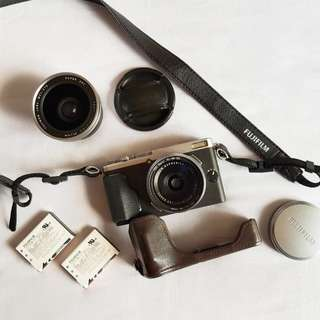 Fujifilm X70 with wide conversion lens