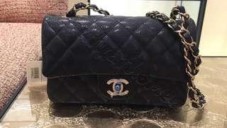 Chanel classic flap mini bag 20cm 魚子醬紋 牛皮 黑色 淡金扣 Chanel handbag 現貨 1/5到港