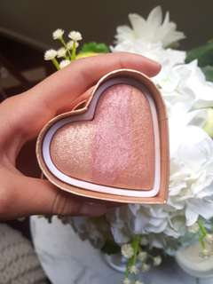 Too faced blush - peach beach