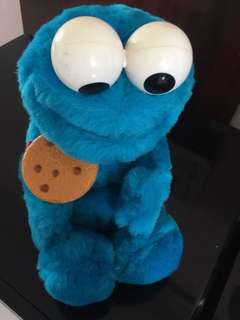 Talking Cookie Monster that moves
