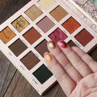 🚚 Glitter palatte eyeshadow