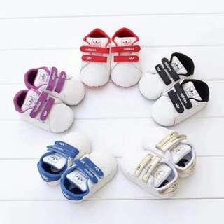adidas學步鞋 adidas軟底鞋 三葉草學步鞋 愛迪達學步鞋 愛迪達寶寶鞋 愛迪達軟底鞋