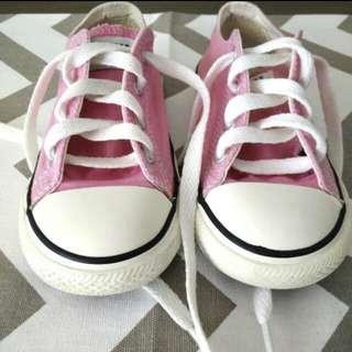 Original Converse shoes !!