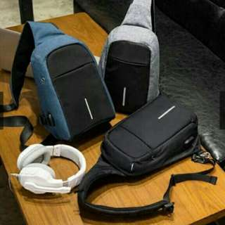 Anti-thefy sling bag with USB port for men