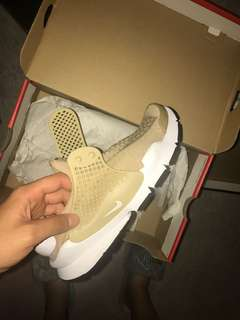 nike sock darts size 7 women