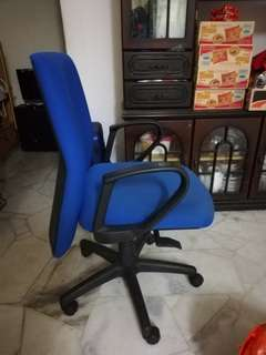 Office Chair/ kerusi pejabat