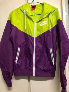 {代朋友放} Nike 外套
