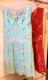 Lace dress size M green size S red