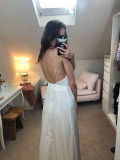 Beautiful open back white maxi satin dress size S new with tag