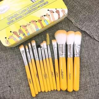 12- pcs brush set the Balm