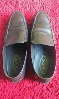 Sepatu tods men