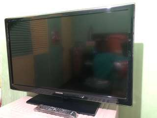 RUSH SELLING!!! Samsung Smart TV 32 inch