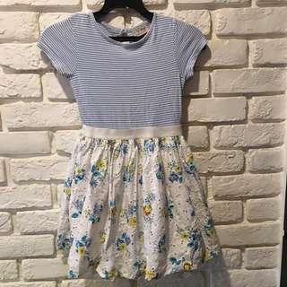 Next 品牌女童優雅洋裝。4-5 歲
