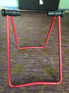 Phyranna bicycle stand