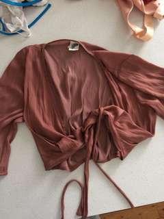 General Pants crop tie silky top